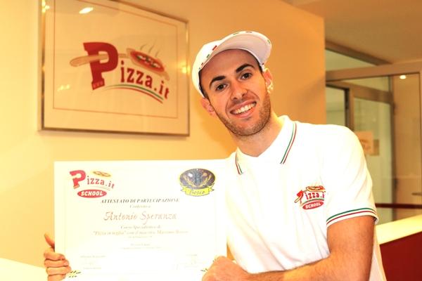 Corso specialistico pizza in teglia - Pizza.it School - Docente massimo bosco
