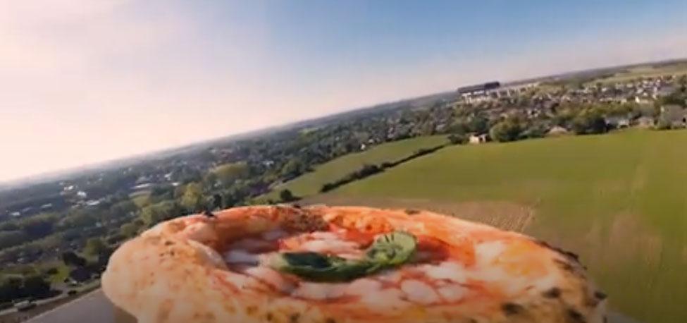 Pizza.it- la pizza vola nello spazio 2