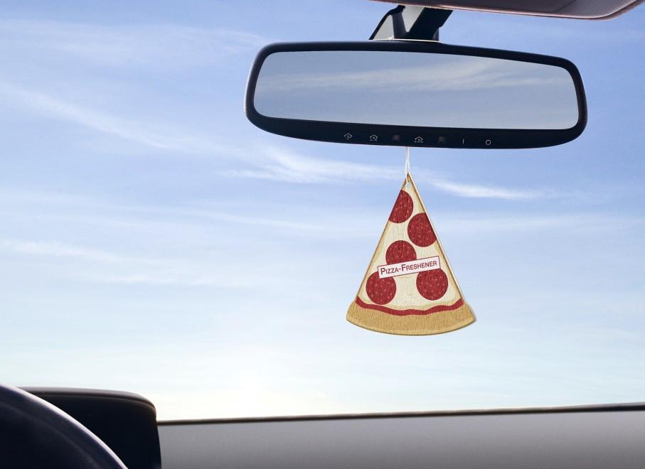 deodorante auto pizza