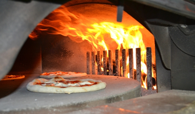 Temperatura forno a legna pizza design per la casa - Temperatura forno a legna pizza ...